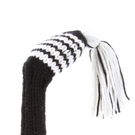 detail_blackwhite5fairwaytassel